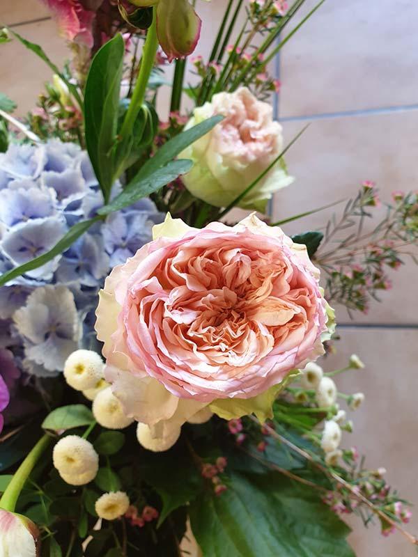 Artisan – Fleuriste – Décorateur à Launaguet